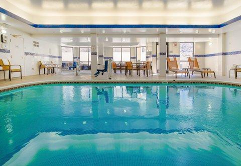 Courtyard Dayton North - Indoor Pool