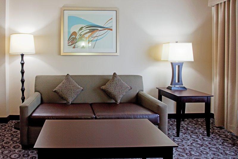 Holiday Inn OCEANSIDE CAMP PENDLETON AREA - Oceanside, CA