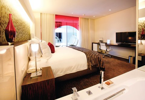 African Pride 15 on Orange Hotel - Standard Atrium King Guest Room