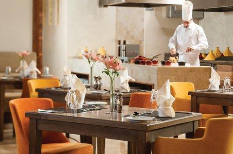 Warwick Hotel Dubai - Bayty All Day Dining