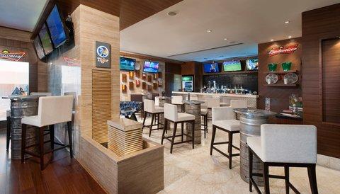 Warwick Hotel Dubai - Jimmy Wickets Bar Area