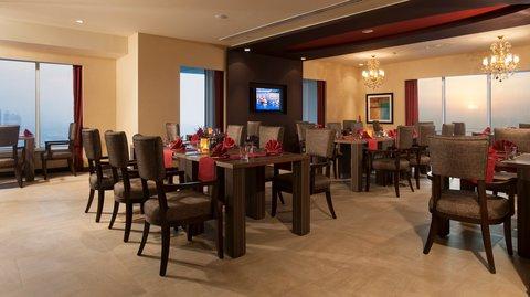 Warwick Hotel Dubai - Zenses Dining Area