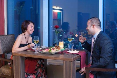 Warwick Hotel Dubai - Zenses Romantic Dinner