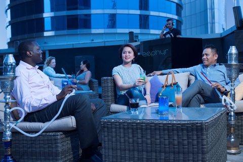 Warwick Hotel Dubai - Zephyr Shisha Lounge