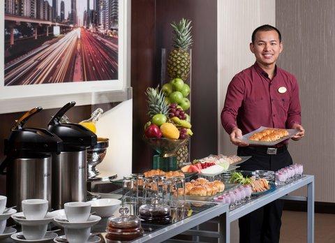 Warwick Hotel Dubai - Meeting Room Coffee Break