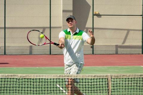 Warwick Hotel Dubai - Tennis Court