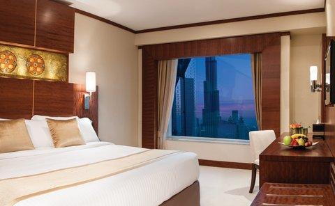 Warwick Hotel Dubai - Deluxe Suite Burj View
