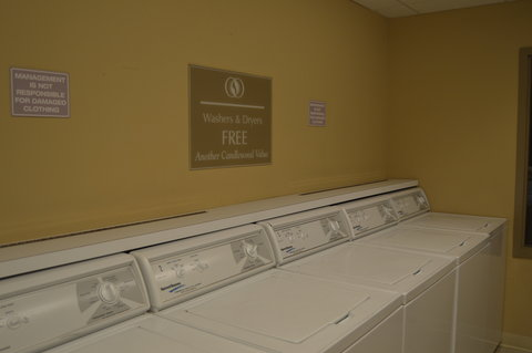 Candlewood Suites Fort Myers Sanibel Gateway Hotel - Free Laundry Facilities