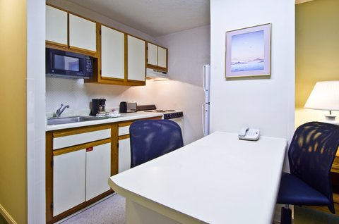 Extended Stay America - Cincinnati - Fairfield - Fully-Equipped Kitchens