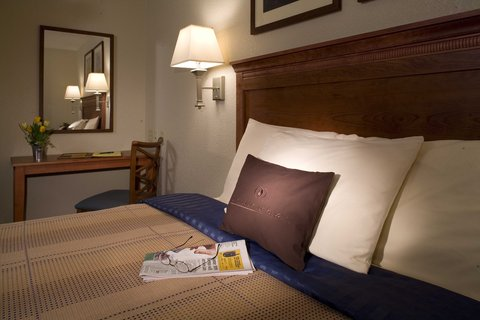 Candlewood Suites Hattiesburg Hotel - Comforts of Home