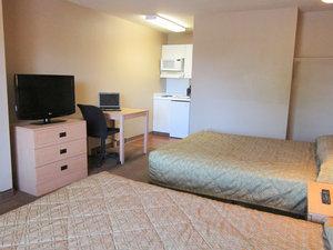 Room - Crossland Economy Studios Bossier City