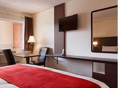 Ramada Limited Spokane Downtown - Guest Room