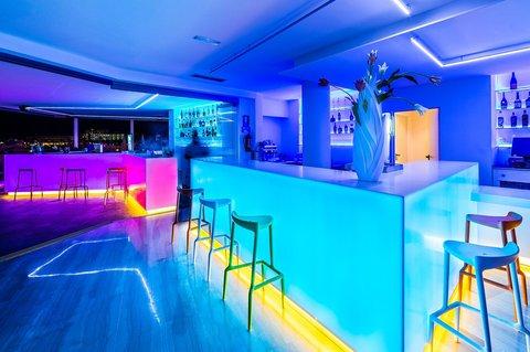 Hotel Apartamentos THB Ocean Beach - BAR