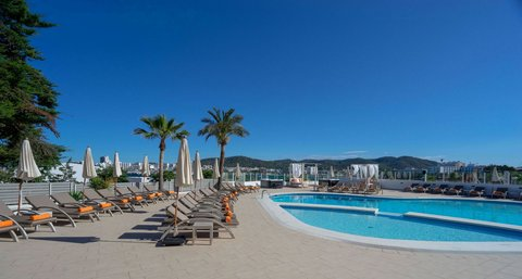 Hotel Apartamentos THB Ocean Beach - POOL AREA