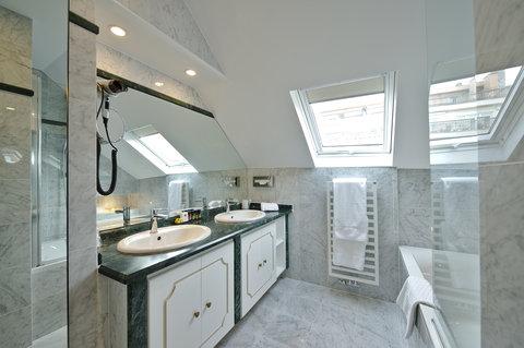 มานอส พรีเมียร์โฮเต็ล - Bathroom