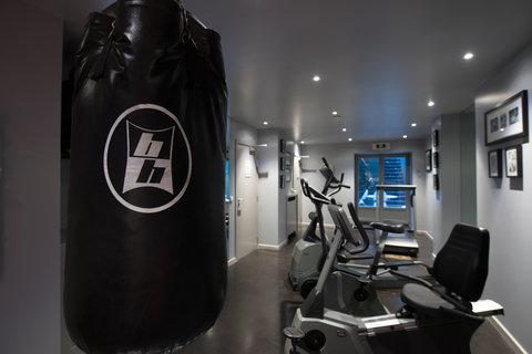 มานอส พรีเมียร์โฮเต็ล - FitnessCenter