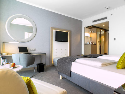 Radisson Blu Hotel, Hannover - Guest Room