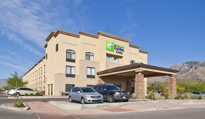 HOLIDAY INN EXP STES ORO VALLEY