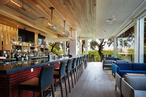 Radisson Hotel & Suites Austin Downtown - Bar