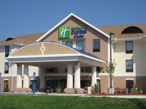 Holiday Inn Express & Suites WESTFIELD - Welcome to the Holiday Inn Express    Suites Westfield