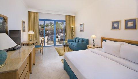 فندق هلتون شيخ فيروز - Queen Hilton Room Plus