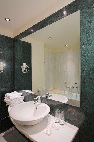 Arion Hotel - Bathroom