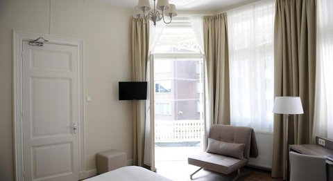 Andante Hotel - Double Room with Balcony