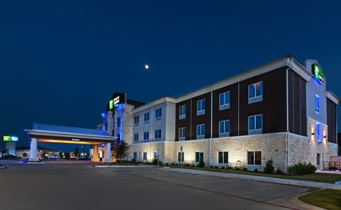 Holiday Inn Express & Suites KILLEEN - FORT HOOD AREA - Hotel Exterior
