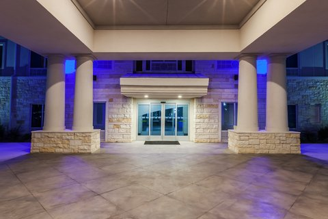 Holiday Inn Express & Suites KILLEEN - FORT HOOD AREA - Entrance