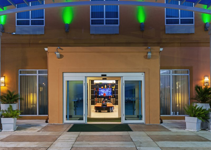 Holiday Inn KEMAH (NEAR BOARDWALK) - Kemah, TX