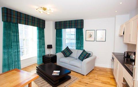 Aberdeen Douglas - Royal Athenaeum Suites Apartment