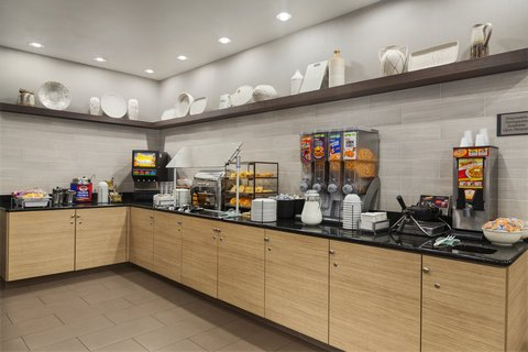 Country Inn & Suites By Carlson, Gainesville, FL - GNFLBreakfast Room