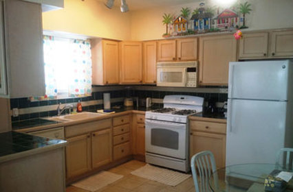Old Town Suites - Cottage Kitchenwith Dining