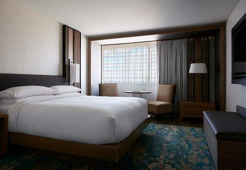 Marriott Charlotte City Center Hotel - Vice Presidential Suite Bedroom