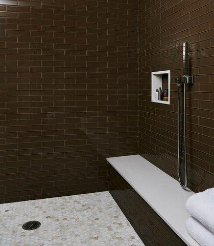 Marriott Charlotte City Center Hotel - Presidential Suite Shower
