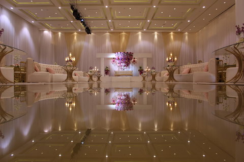 فندق هوليدي ان ازدهار - Ballroom