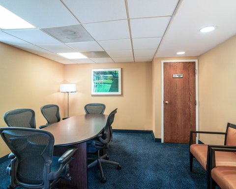 Quality Inn & Suites - Conference Room