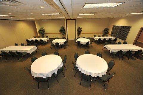 Holiday Inn Express BEMIDJI - Banquet Room