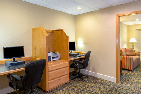 Staybridge Suites BROWNSVILLE - Business Center