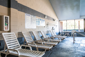 Pool - Econo Lodge Beaufort