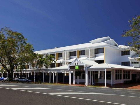 All Seasons Cairns - Exterior