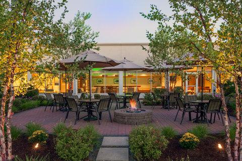 Holiday Inn BANGOR - Courtyard