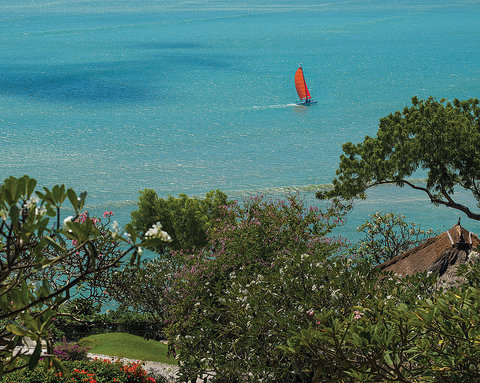 Four Seasons Resort Bali at Jimbaran Bay - Hobie Catamaran Sailing