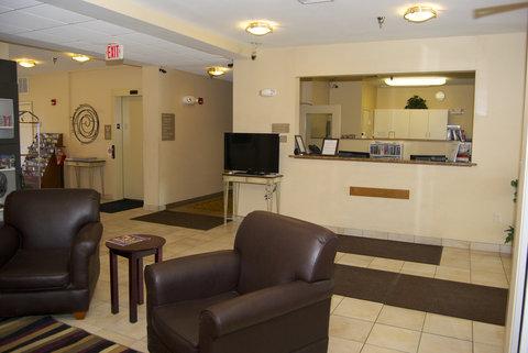 Candlewood Suites ELKHART - Front Desk