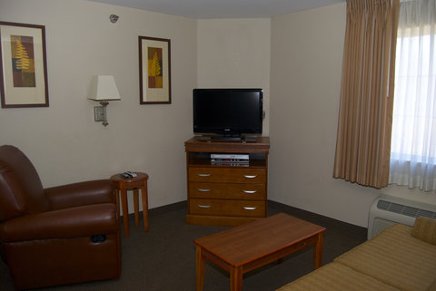 Candlewood Suites ELKHART - One Queen Bed Suite Living Room