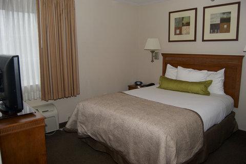 Candlewood Suites ELKHART - One Queen Bed Suite Bedroom