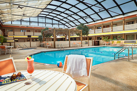 BEST WESTERN PLUS Dubuque Hotel & Conference Center - Relax   Enjoy
