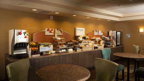 Holiday Inn Express & Suites Pocatello - Breakfast Area