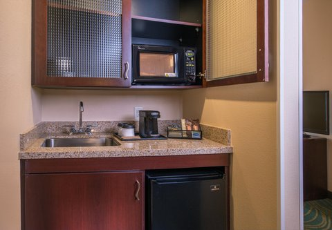 SpringHill Suites Hagerstown - Suite Kitchenette