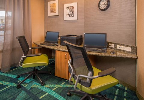SpringHill Suites Hagerstown - Business Center
